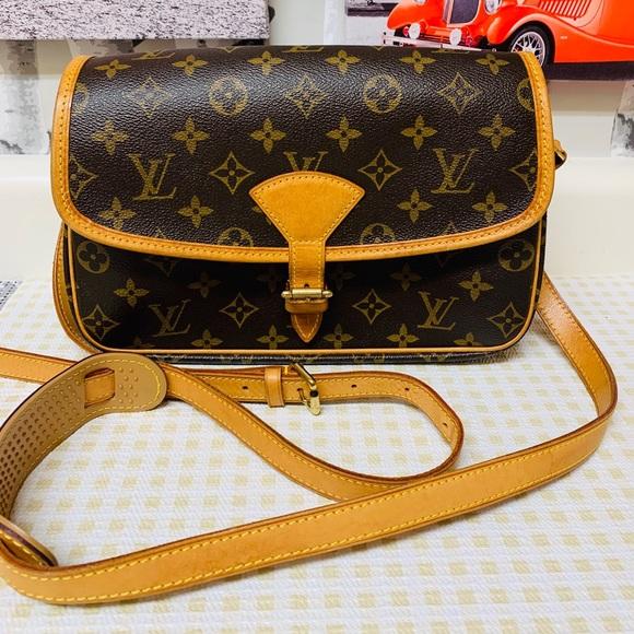 Louis Vuitton Handbags - Louis Vuitton Monogram Sologne
